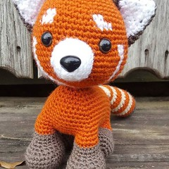 i_love_buffalos already finished a super adorable red panda from our new book #zoomigurumi6! #crochet #crocheters… … (ShakyMonkey) Tags: tshirt shakymonkey tee design style fashion