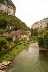 Baume-les-Messieurs (Gisou68Fr) Tags: village rivire jura franchecomt rochers torrent falaises baumelesmessieurs dard ledard