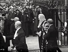 1937. Westminster Abbey, Westminster, London, SW1. UK. (sgterniebilko) Tags: uk london westminster westminsterabbey 1930s ad cape 30s 1937 sw1 londonpolice metropolitanpolice alphadelta policeconstable inuniform policelondon lawlords cannonrowpolicestation