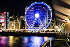 ferris wheel at night (Kai-Ming :-))) Tags: blue light sea reflection hongkong pier central ferriswheel victoriahabour victoriaharbour hsbcbuilding kaiming charteredbankbuilding centralpier9 thehongkongobservationwheel