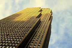 30 Rock (wyliepoon) Tags: newyorkcity architecture skyscraper manhattan rockefellercenter midtown artdeco 30rock gebuilding comcastbuilding