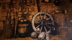 OPC 081015 005 (Jusotil_1943) Tags: calabaza rueda barril escoba opc081015