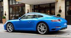 blue & sassy (Jac Hardyy) Tags: auto blue reflection eye cars sports car sassy 911 dream porsche autos blau catcher reflexion luxury luxus sportscar eyecatcher carrera frech traum sportwagen schick blickfang traumwagen