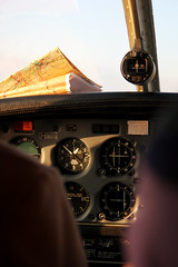 Flying (Ale_Chi) Tags: sunset sky sun airplane fly flying map controls mappa cartina compass aereo bussola