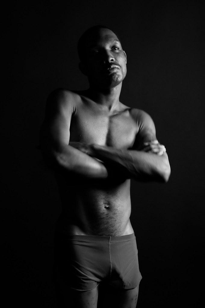boy gay nudi escort fitness