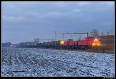 DBC 6428 + 6469 - Putten (Spoorpunt.nl) Tags: 15 januari 2017 sneeuw dbc 6428 6469 db cargo putten avond mvv militair defentie