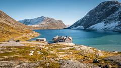 Djupvatnet (ervega) Tags: noruega norway lake lago landscape escenario mountain montaña house casa sky cielo nieve snow cold frio naturaleza natural nature