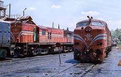 242-38 (rolfstumpf) Tags: greece ose thessaloniki railway railroad train locomotive shed alco dl500c dl543 macedoniagreece makedonia timeless macedonian μακεδονια