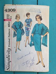 Simplicity 4309 (kittee) Tags: kittee vintagesewing vintagepatterns 4309 simplicity simplicity4309 miss size16 bust36 toobig wouldsell wouldtrade nodate 1960s 1950s dress kimonosleeves shortsleeves frontbuttonclosing slimskirt pleats kickpleat lined jacket 34sleeves welts stole shawl scarf suit sewing sewingpattern vintage pattern