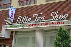 The Little Tea Shop, Memphis, TN (Robby Virus) Tags: memphis tennessee tn little tea shop diner restaurant neon sign signage home cooking homemade cornbread food facade oldest 1918