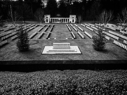 Buttes New British Cemetery, Polygon Wood