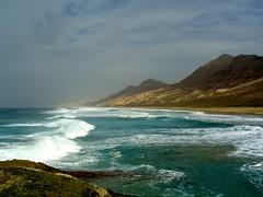 Playa de Cofete (travelpix) Tags: ocean sea seascape beach nature water topv111 islands spain solitude seascapes fuerteventura canaryislands playadecofete abigfave