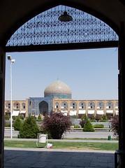 Plaa de l'Imam, Isfahan, Iran (Sebasti Giralt) Tags: plaza square iran mosque mezquita esfahan isfahan plaa mesquita naghshijahan sheikhlotfallah