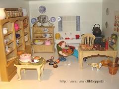 uudistettu keittiö (Anna Amnell) Tags: kitchen finland miniatures helsinki cocina miniatura dollhouse thecook keittiö dollshouse munecas puppenhaus nukkekoti nukketalo redhaireddoll
