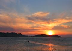 Atardeciendo en Baiona (_Zahira_) Tags: sunset sea sun sol lafotodelasemana atardecer mar nd baiona scc ngr 100vistas interestingness129 i500 lfs082006 p1f1 ltytr1