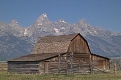 "moulton barn (Matt ""Linus"" Ottosen) Tags: tetons grandteton interestingness302 i500 moultonbarn abigfave"