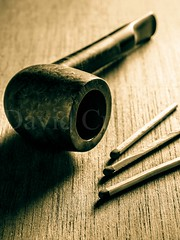 Smoking pipe (David Cucaln) Tags: wood stilllife macro 35mm vintage de madera smoke pipe olympus textures matches fumar tone pipa bodegon fineartphotography 2015 e510 cerillas cucalon davidcucalon