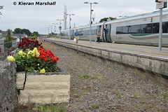 22032 at Portlaoise, 7/9/15 (hurricanemk1c) Tags: irish train rail railway trains railways irishrail rok rotem portlaoise 2015 icr iarnród 22000 22032 éireann iarnródéireann premierclass 1020heustonportlaoise 5pce