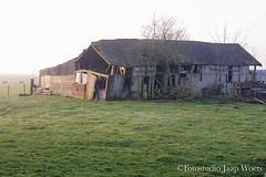Bouwval Lambertschaag (JaapWoets) Tags: en nederland nl steden landschap noordholland huizen gebouwen agrarisch schuurtje dorpen bouwval abbekerk bedrijven huizengebouwen