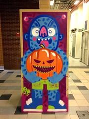 Halloween (Yong Attack) Tags: streetart art halloween arquitetura graffiti artwork artist buh urbanart spraypaint decor decorao interiordesign brasilia yong unip designdeinteriores yongattack