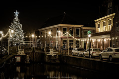 Monnickendam, the old lock in Christmas style (Boudewijn Vermeulen) Tags: dutch night kerstmis chrismas waterland monnickendam pittoresk pittoresque nachtopname classicchrome