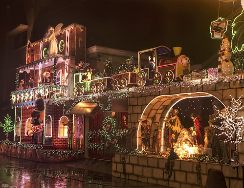 Christmas House Decorations - Philippine by Beegee49, on Flickr