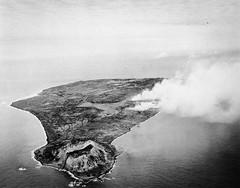 Iwo Jima 1945 (Peer Into The Past) Tags: 1945 peerintothepast semperfi marinecorps usmc warphotography vintage wwii ww2 history iwojima
