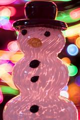 The Glass Snowman (WilliamND4) Tags: holidaybokeh macromondays meyeroptikgoerlitztrioplanf28100lens nikond810 macro bokeh colorful snowmen glass christmas