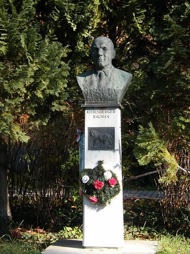 Nagymaros, Kittenberger Kálmán szobra