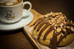JPXT3109 (Yobib) Tags: fujifilmxf35mmf2 fujifilmxt1 thedubaimall pappa roti coffee bread nutella nuts