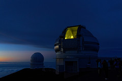 Ready for the stars (marko.erman) Tags: hawaii big island usa united states sony archipel mauna kea observatory summit top peak mountain science giants telescope sky skyscape panorama pov sunset clouds horizon outside nuage ciel extérieur stars