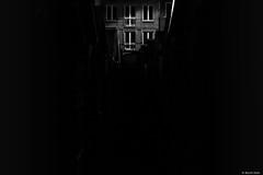 Et Juliette ne vint pas,... (BenoitGEETS-Photography) Tags: brainelecomte night nuit sgravenbrakkel juliette juliet absence nikon d3200 bn bw noiretblanc nb seul alone attente waiting iwaityou geets benoitgeets misterblue