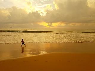 Bentota beach: the novice jogger