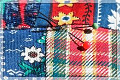 (#3.261 )  Cloth/Textile  [Explore] (unicorn 81) Tags: explorephoto explore 150mm macromondays monday march27 colt textile textur stecknadeln stoff kariert bunt struktur nahaufnahme makro needles material checkered colorful structure closeup macro