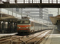 BB7295 (Oliver_A) Tags: train beton sncf corail bb7200 intercites bb7295