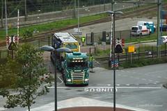 VR Beaver op dieplader_Beverwijk_21-09-2015_003 (PieterBeverwijk) Tags: netherlands nederland beverwijk spoorwegovergang worktrain dieplader volkerrail werktrein railstopper pnm vrrbeaver vr603