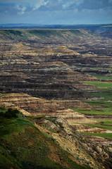 Badlands Valley (Bracus Triticum) Tags: summer canada landscape august alberta valley badlands 8月 2015 カナダ hachigatsu 八月 hazuki 葉月 アルバータ州 leafmonth 平成27年