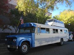 Double Decker Bus at the 2015 Doo Dah Parade (Robb Wilson) Tags: bus pasadena doubledeckerbus vwbus doodahparade 2015doodahparade