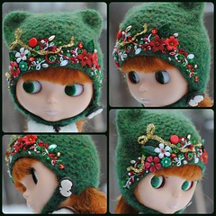 The Folklore Kitty Helmet: Holiday Memory (Euro_Trash) Tags: christmas red green net wool felted gold handmade helmet knit website tinsel com embroidered embellished kittystyle eurotrash neoblythe