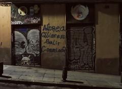 "Lavapies graffiti: ""Andrea quieres salir conmigo?"" Madrid (2016) (Stepthos) Tags: canonpowershotsx720 canonpowershot canon7d canonpowershotsx720hs canon canonsx720 sx720hs sx720 stephenwadethomson stephenwadethomsonphotography plomomedia"