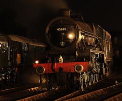 BH 52740cr (kgvuk) Tags: barrowhill roundhouse engineshed railways trains steamtrain locomotive steamlocomotive steamengine nightphotography leander 45690 460 5xp jubileeclass