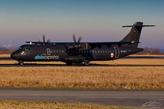 AlsieExpress - ATR-72 - OY-CLY - Dortmund Airport 22/01/2017 (spottermarc) Tags: alsie express alsieexpress 6i mmd mermaid sonderborg aerospatiale atr atr72 air serial number dtm edlw 72 72200 dortmund 21 airport aircraft taxiway taxiing landing airplane 4kaz66 799 fwwep pwc pw127 black cn ln canon 5d mark ii transport