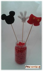 Mickey (mfuxiqueira) Tags: disney mickey feltro festainfantil decoraçãoinfantil decoraçãofestainfantil