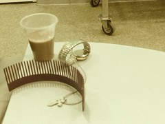 Aspettando la TAC (GrusiaKot) Tags: life hospital private cross ukraine tac croce medico attesa ucraina crocefisso