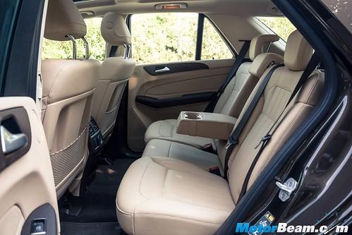 2015-Mercedes-GLE-6