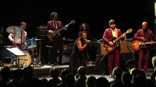 sharon jones & the dap-kings - sharon jones, binky griptite, david