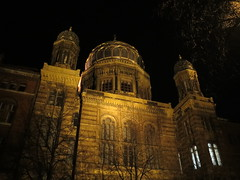 Berlin Synagoge by night
