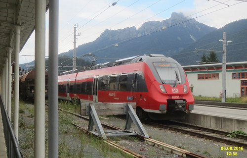 Reutte station and Alps