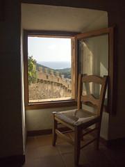"La habitacion con vistas - ""Reto Ventana"" (Micheo) Tags: mallorca ventana window retoventana elblogdelfotografo museodelapleita castillo castillodecapdepera museo vistas views"