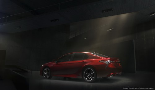 2018-toyota-camry-unveiled-in-detroit-looks-sporty_11